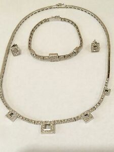 DIAMOND NECKLACE, BRACELET & EARRINGS SET 18 KT WHITE GOLD, 34 GRAMS