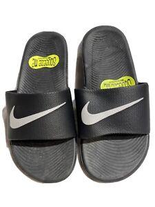 Nike Youth New Black And White Solar Soft Slides Size 11C