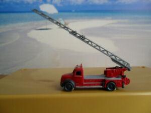 Feuerwehr mit Drehleiter Fahrzeug  LKW  von Wiking Spur N 75