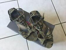 Sandales REQINS pointure 39 cuir gris serpent reptile clouté