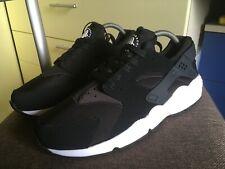 Nike Air Huarache Black White