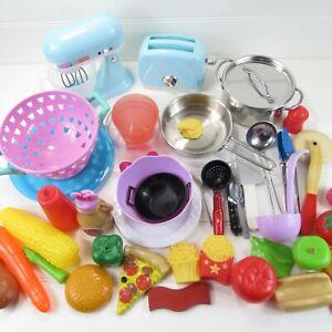 MIXED LOT OF KITCHEN / COOKING / FOOD PLAY TOYS - MIXER / TOASTER / POT & PAN +