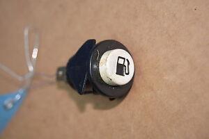 Cadillac Deville 85-93 Tank Schalter Tankklappe Push Button Fuel Door