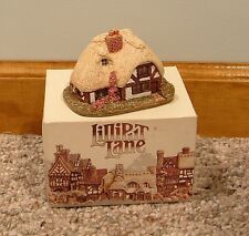 "Lilliput Lane ""April Cottage"""