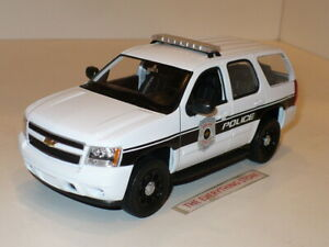WELLY 2008 CHEVY TAHOE 1:24 SCALE WHITE POLICE EDITION FREE SHIP