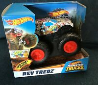 Big Hot Wheels 2018 Rev Tredz Potty Central Monster Truck 1:43 scale NEW IN BOX