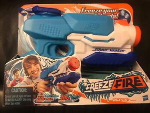 Nerf Super Soaker Freeze Fire 23oz. Capacity 38' Range 2013 Hasbro NEW!