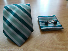 Cravate en soie vert à rayures NEUVE + boutons de manchette + pochette