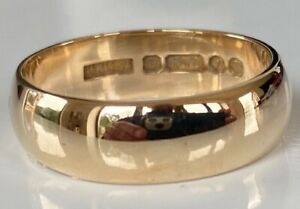 SUPERB HEAVY CHUNKY MENS MANS GENTS SOLID 9ct GOLD RING WEDDING BAND 6 GRAMMES