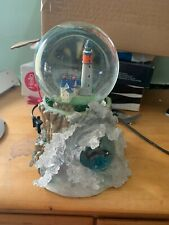 Lenox light at dolphin point snowglobe lighthouse waves 2002