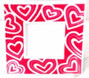 Vintage Style Ceramic Picture Frame Red Pink and White Hearts