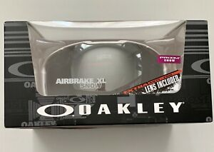 New! Oakley Prizm Black Airbrake® XL Polished White Snow Goggle OO7071-12 NIB