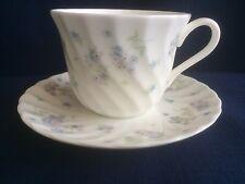 Wedgwood APRILE FIORI TEA CUP & SAUCER (tazza ha colore più chiaro)