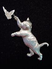 """""""JJ"""" Jonette Jewelry Silver Pewter 'CAT Chasing BUTTERFLY' Pin"""