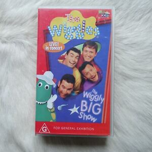 THE WIGGLES Live in Concert! 1999 VHS Video Tape BIG SHOW Musical