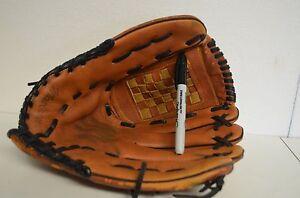 MacGregor Baseball mitt  RHT 13.5 Glove Deep Custom pocket Hand Crafted, NICE