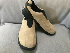 Beaver Creek - Mens Size 9.5M - Suede Leather Slip On (Brown and Black)