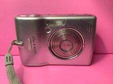 Nikon COOLPIX L12 7.1MP Digital Camera - Matte silver *fair/tested*