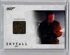 James Bond Autograph & Relic Skyfall costume card SSC38 Albert Finney 053/200