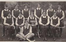 UK CAMBRIDGESHIRE PERSE SCHOOL HOCKEY TEAM 1928-1929  REAL PHOTO POSTCARD