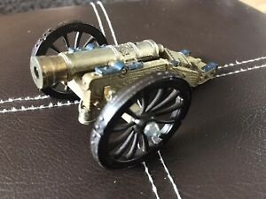 Britains Cannon