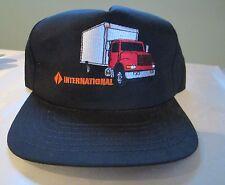 VINTAGE INTERNATIONAL TRUCKS SnapBack TRUCKERS HAT CAP NOS New Black Red