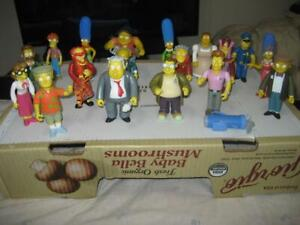 Lot of 18 Playmates Simpsons World of Springfield Intelli-Tronic Loose Figures