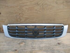 2000-2005 CADILLAC DEVILLE FRONT RADIATOR GRILL GRILLE MOLDING 25721314 OEM