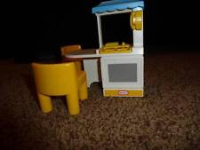 Little Tykes Mini  Dollhouse Furniture Kitchen Island Chair Table Family Party