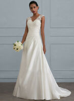 Women Sexy Mermaid Wedding Dresses V Neck Chapel Train Lace Backless Bridal Gown