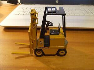 Gescha/Conrad Cat M-Series Electric Fork Lift Truck, 1:24, Spares or Repair