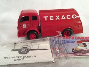 ERTL Collectibles - Texaco Diamond T Tanker Truck Red 1934 nib rare collectible