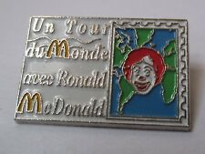 Pin's Mac Donald's / un tour du monde avec Ronald Mc Donald's