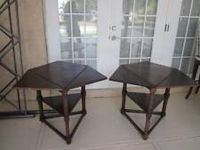 CRICKET SIDE TABLE CLEVER TRIANGULAR TABLE TOP WITH SCALLOPED SECTION