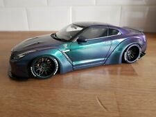 IGNITION MODEL 1/18 NISSAN GTR R35 LB WORKS CHAMELEON COLOUR(PURPLE/GREEN