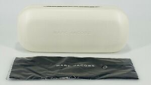 Marc Jacobs Hard Clamshell Eyeglass Case w/Cloth - White