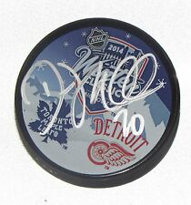 DREW MILLER Signed 2014 DETROIT RED WINGS WINTER CLASSIC HOCKEY PUCK! 1004320
