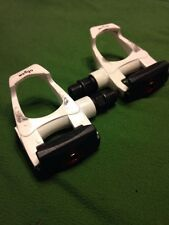 Wellgo W-40 White Road Cycling Pedals. Nice !