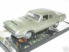 DODGE 330 series sedan 1964 1/18 HIGHWAY 61 50048 voiture miniature d collection