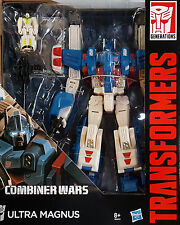 HASBRO® B2443 Transformers Generations Leader Ultra Magnus & Minimus Ambus