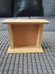 Dolls House 1:12 Wooden Fireplace