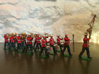 Britains Eyes Right Marching Brass Band Toy Plastic Soldiers x19