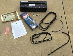 2002-06 Maserati Spyder Power Antenna Kit - FIAMM Unit - 980138132