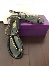 TWIGGY LONDON-BLACK PATENT GOLD PYRAMID STUDDED TOE RING SANDALS-SIZE:7.5-NEW
