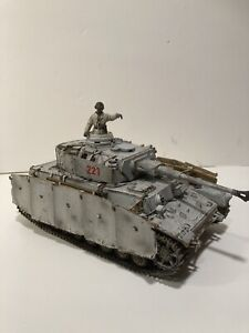Unimax Forces of Valor German Panther Tank WWII WW2 1:32 Includes Tank Commander