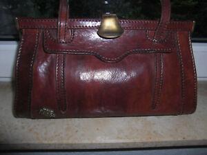 The Bridge - Nostalgische Damenhandtasche aus Leder