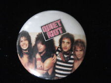 Quiet Riot-Group Shot-Rock-Small-Pin Badge Button-80's Vintage-Rare