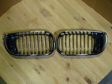 BMW E46 3-Series 4DRs Aftermarket Front Kidney Grille Grill Chrome Black LH&RH