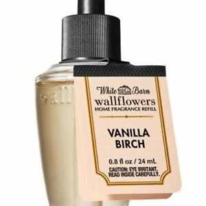 4 pack set VANILLA BIRCH fragrance wallflower refill Bath & Body Works White Bar