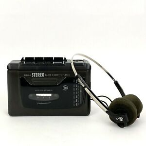 Vintage GE AM/FM Radio Cassette Player With Headphones - Model No. 3-5493A